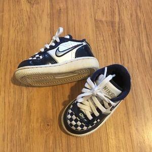 Baby Nike's 5c